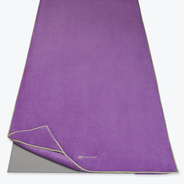 GAIAM Stay Put Yoga Mat Towel 1 st Purple